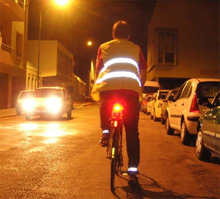 cycliste_avec_eclairage
